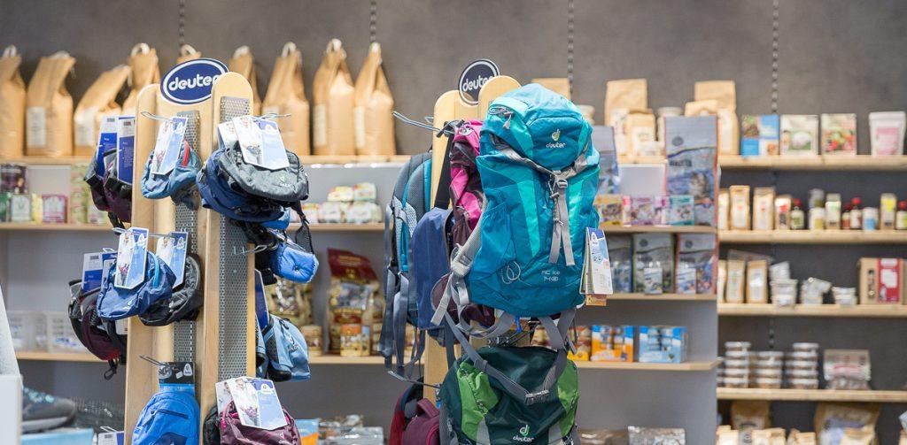 Petcenter.ch-Shop für Haustierzubehör und Outdoorbekleidung in Niederbipp